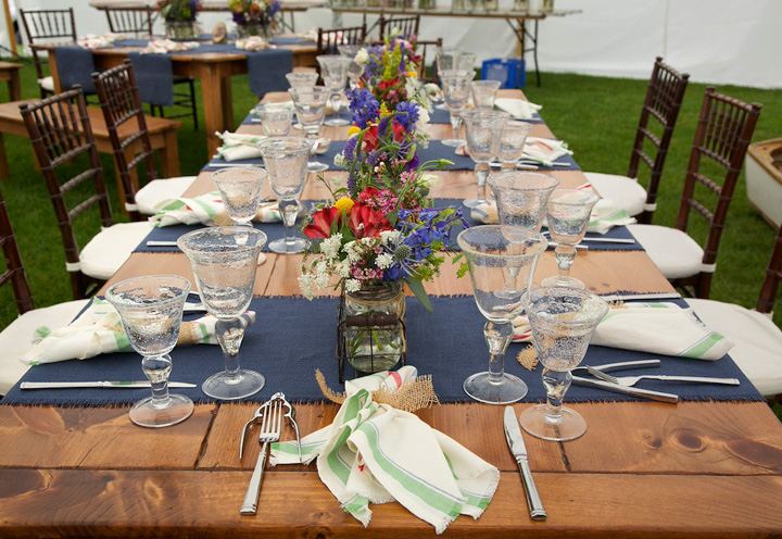 Wildflower table design - Maine wildflowers and casual linens are the epitome of casual elegance for this Maine seaside wedding. www.churchillcaterers.com